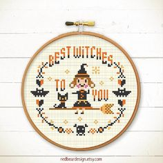 20+ Cute and Creepy Halloween Patterns to Cross Stitch : If you are a fanatic about Halloween and you love to cross stitch then you are going to go nuts over these Halloween Cross Stitch Patterns. Click through for the full list of patterns.   www.sewwhatalicia.com