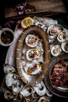 """kiyoaki: """" (vía Adventures in Cooking: Grilled Oysters on the Half Shell with Grilled Proscuitto & Mignonette, Plus a Live Fire Cookbook Giveaway! Best Seafood Recipes, Fish Recipes, Think Food, Love Food, Grilling Recipes, Cooking Recipes, Cooking Tips, Grilled Oysters, Oyster Recipes"""