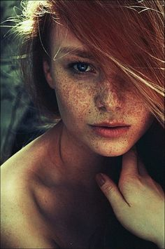 Freckles and red hair. Gorgeous!