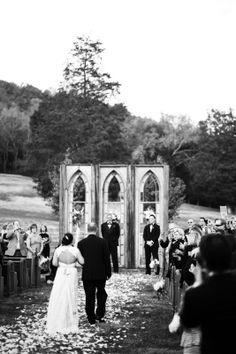 Aussie-American Destination Wedding at Historic Cedarwood   Cedarwood Weddings