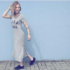 Vestido GIRL GANG 💗 para arrasar nessa sexta-feira   @thainalummertz !  Lembrando que hoje vamos comemorar nosso aniversário 🎈🎂 e você é nosso convidado! Veeem! #novidades #marzan #marzanarrasa #usemarzan #modaparavoce