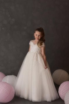 Off Shoulder Lace and Tulle Wedding/Flower Girl dress D40