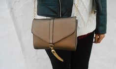 pinterest ♥ unachicacasual  purse, bag, gold, stradivarius, ootd, outfit, winter, girl, inspiration, look, fashion, blogger, t