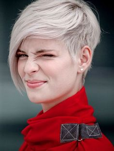 Short Blonde EMO Hairstyle for Women: Cool Short Hairstyle with Long Bagns
