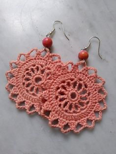 Peach crochet earrings handmade peachy pink with pink stone fashion : Beautiful hand crocheted earrings. Reconstituted pink stone bead Stainless steel ear wires Reverse has been set with fabric adhesive Crochet Jewelry Patterns, Crochet Earrings Pattern, Crochet Accessories, Crochet Designs, Crochet Necklace, Scarf Patterns, Knitting Patterns, Crochet Gifts, Hand Crochet