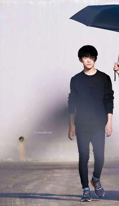 Jackson of TFBOYS (易烊千玺) His weibo: TFBOYS-易烊千玺