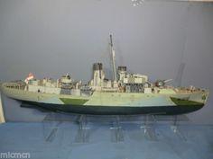 HAND-BUILT-REVELL-KIT-MODEL-WW2-FLOWER-CLASS-K-166-HMS-SNOWBERRY-CORVETTE