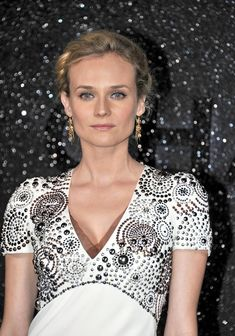 Diane Kruger wearing Chanel AW 2009-10 Haute Couture, photo: Bauer Griffin