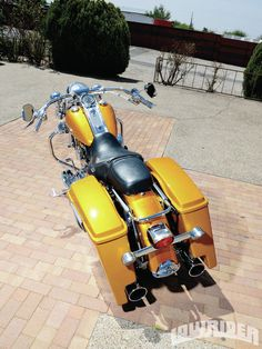 2000-harley-davidson-roadking-rear-view