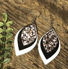 Glitter Love 🖤 – Coco's Boutique Designs - Coco's Boutique Designs - jewelry Diy Leather Earrings, Leather Jewelry, Leather Craft, Women's Earrings, Diamond Earrings, Diamond Stud, Wedding Earrings, Teardrop Earrings, Halo Diamond