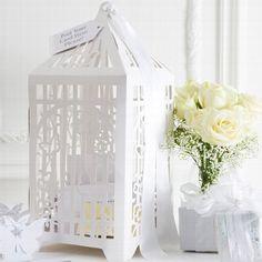 """Briefbox """"Voliere"""" zur Hochzeit. Passend zum Vintag Look einer Hochzeit können Geschenke für das Brautpaar stilvoll verpackt werden. Jetzt auf weddix.de holen!"""