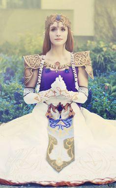 Princess Zelda; Costumes & Cosplay