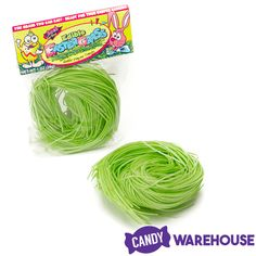 Edible grass candy for Easter baskets will delight taste buds both young and old! Put a fun twist on holiday Easter displays with this edible green grass. Craft Stick Crafts, Easy Crafts, Edible Easter Grass, Edible Slime, Paper Candy, Easter Crafts For Kids, Easter Ideas, Easter Bunny Decorations, Edible Arrangements
