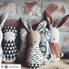 Nous sommes super excités de cette nouvelle collaboration!! It's a dream come through! #Repost @bookhou . ・・・ these adorable rattles are a collaboration with Camille from @ouistitine - they will be making their debut at #pucespop and after the show there will be more available at the bookhou shop as well as Camille's lovely shop in Quebec