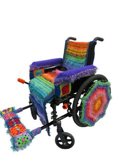 Beautifully Yarn Bombed Wheelchair By Penny Richards Knit Art, Crochet Art, Crochet Patterns, Funky Chairs, Creative Knitting, Batik Quilts, Yarn Bombing, Yarn Projects, Fabric Art