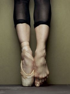 The uglier the feet the better the dancer (: (: (: hard work, bunions, blisters, lost toe nails....pointe is not easy ballet is hard work and is so worth it. It is so beautiful to watch these men and woman at work(: حاسس بى ايه وانت شايف الصوره دى