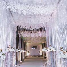 Wedding Chair Decorations, Wedding Chairs, Flower Decorations, Frozen Wedding, Wedding Reception Entrance, Wedding Ceiling, Muslim Wedding Dresses, Entrance Decor, Ceiling Decor