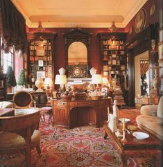 Mark Hampton-Library-Fifth Ave-Susuan and Carter Burden-Roberto Schezen Photography Classic Library, Beautiful Library, English Decor, Home Libraries, Interior Decorating, Interior Design, Traditional Interior, Beautiful Interiors, Decoration