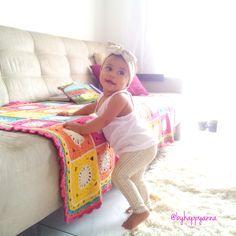 Coleção Happy Anna 2015 <br>Sua bebê fazendo da felicidade um estilo de vida!!!! <br> <br>Kit legging + turbante feito com Malha suplex tecido anti alérgico, qualidade para bebê <br>Super confortável para usar no verão, tecido fresquinho, toque agradável qualidade de tecido. <br> <br>Feito por encomenda nos tamanhos: RN, 3, 6, 12, 1, 2 <br>Molde tamanhos padrão. <br>Caso reste alguma dúvida, entre em contato antes de realizar a compra.