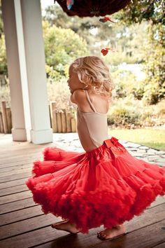 Google Image Result for http://4.bp.blogspot.com/-ReOAdPWIE9c/TkGSDFtWJII/AAAAAAAAAdE/dTpA6mBnvC8/s1600/Keenan+Blog+-+Lily+Twirling+in+her+pink+tutu.jpg