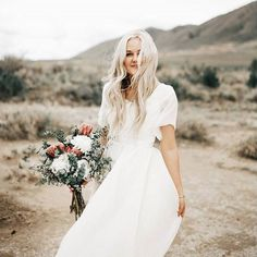 Utah based brides-to-be on the hunt for the perfect wedding dress best get themselves to SLC and @altamodabridal, stockists of whimsical gowns such as this light as a feather @leannemarshallofficial number. Photo by @indiaearl
