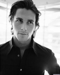 Quien me niegue que Christian Bale no desprende follabilidad, deberá revisarse las córneas Christian Bale 1999 Photo: Daniel Chavkin