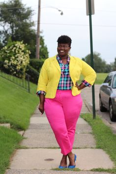 2f88ef7ce389f Blogger Grown and Curvy Woman in an Ashley Stewart Blazer. Plus Fashion