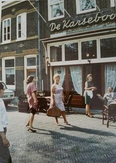 Utrecht, Bergen, Holland, The Past, Street View, Country, Places, Amsterdam, Vw