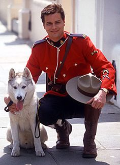 Paul Gross Born: April Known for playing Constable Benton Fraser in Due South and Diefenbaker a deaf white Wolf. Canadian Facts, Canadian Things, Tandem, Calgary, Detective, Due South, Tv Episodes, Vintage Tv, Old Tv
