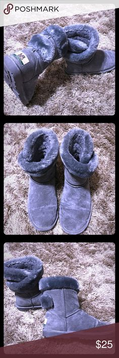 Lamo grey suede boots Beautiful LAMO grey suede boots with Velcro wrap. Slightly worn. Good condition. Lamo Shoes Ankle Boots & Booties