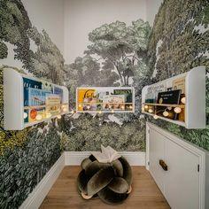 Ideas Dormitorios, New Ravenna, Custom Consoles, Wall Painting Decor, Teenage Room, Playroom Decor, Kids Room Design, California Homes, Kid Spaces