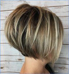 Short Layered Bob Haircuts, Inverted Bob Haircuts, Layered Bob Hairstyles, Short Bobs, Pixie Haircuts, Medium Hairstyles, Braided Hairstyles, Medium Stacked Haircuts, Short Inverted Bob