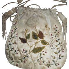 English Regency purse in silk and chenille, hand embroidered