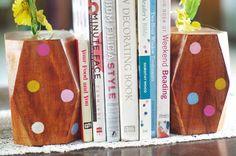diy wooden bookends.