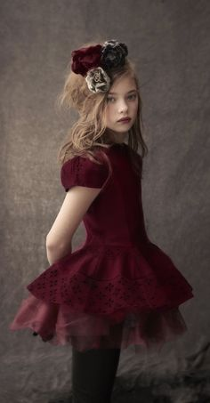 Kids Fashion Photo Tips What to wear cleo sullivan Perfect dress Fashion Kids, Little Girl Fashion, Little Girl Dresses, Girls Dresses, Fashion Photo, The Dress, Baby Dress, Stylish Kids, Flower Girls