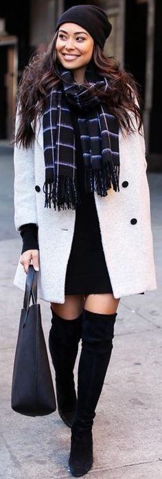 Beanie Weather |Black And White Winter Streetstyle |With Love From kat