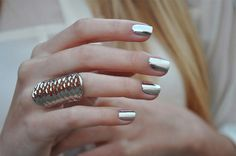 Metallic #nails #nailart #glamour #glamournails #popular #beauty #fashion