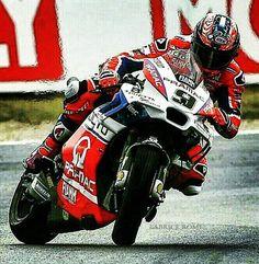 Danilo Petrucci - MotoGP Misano 2017 - slidin in the rain