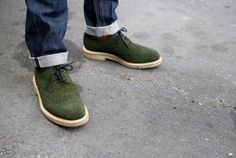 Coloured brogues and wingtips are in this season.