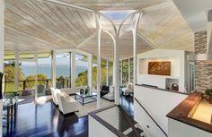 SPECTACULAR PANORAMIC VIEWS OF THE BAY AND BRIDGE  |  Tiburon, CA  |  Luxury Portfolio International Member - McGuire Real Estate