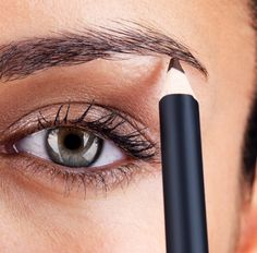 How to Fake Perfect Arches.  Step 4 is the kick: Use matte highlighter pencil along your brow line in the arch.  Blend highlighter upwards using a makeup sponge or your finger to finish edge. This makes your brows pop!