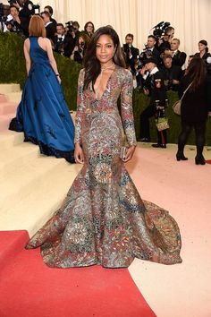 We've been talking about the Met Gala all week – but we had to give a special mention to Naomie Harris and this stunning Burberry brocade gown