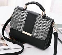 New Retro Plaid Small Square Package Minimalist Fashion Handbags – GaGodeal Large Shoulder Bags, Chain Shoulder Bag, Leather Shoulder Bag, Leather Wallet, Pu Leather, Straw Handbags, Leather Handbags, Boho Chic, Minimalist Bag