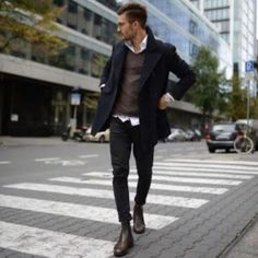 Style tips for guys who want to look and dress better. 70 Casual Fall Work Outfit Ideas For Men 2018 Fall Outfits For Work, Casual Winter Outfits, Spring Outfits, Work Casual, Men Casual, Smart Casual, Business Casual Dresses, Langer Mantel, Herren Outfit