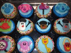 We did blues clues cupcakes Shared Birthday Parties, 2nd Birthday Party Themes, 4th Birthday Cakes, 1st Birthday Decorations, Baby Boy 1st Birthday, Blue Birthday, Birthday Ideas, Clue Themed Parties, Clue Party