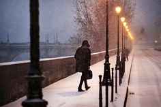 Christophe Jacrot ~ Paris under the Rain Start Of Winter, I Love Winter, Winter Snow, Winter Time, Photography Camera, Street Photography, Beauty Photography, Cinematic Photography, Snow Walker