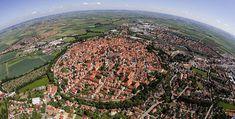 Cidade medieval en Italia