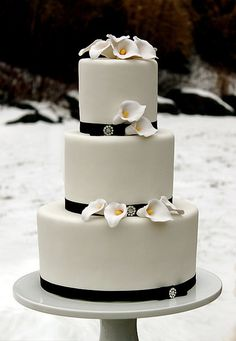 Calla Lilly Winter Wedding Cake by The Couture Cakery, via Flickr