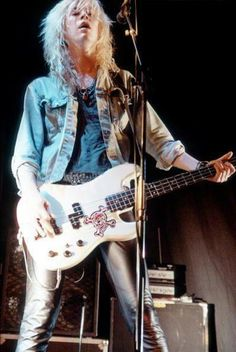 Duff McKagan - Sexy Guy!!!!