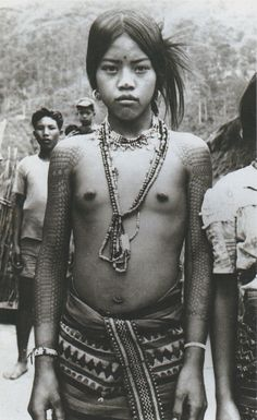 kalinga girl, philippines 1930s  #culture #traditional #costume #philippines